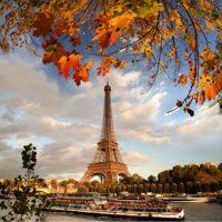 la ciudad con la torre Eiffel